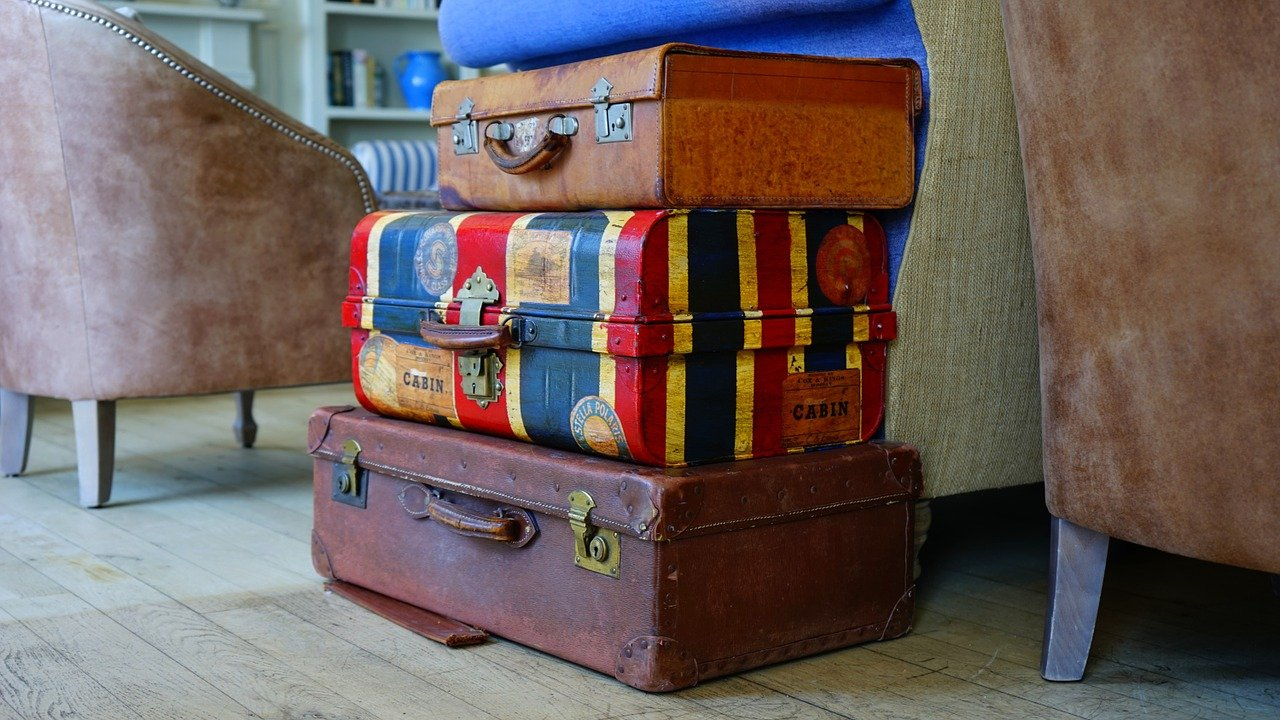 How to choose travel luggage?